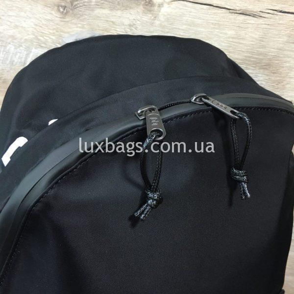 черный рюкзак BALENCIAGA баленсиага спортивного стиля фото 6