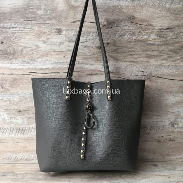 Женская стильная сумка с высокими ручками серая