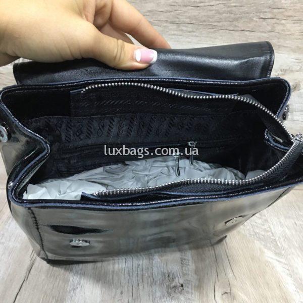 лаковый рюкзак-сумка чёрного цвета фото 1
