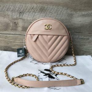 Женская круглая сумочка через плечо Chanel Шанель