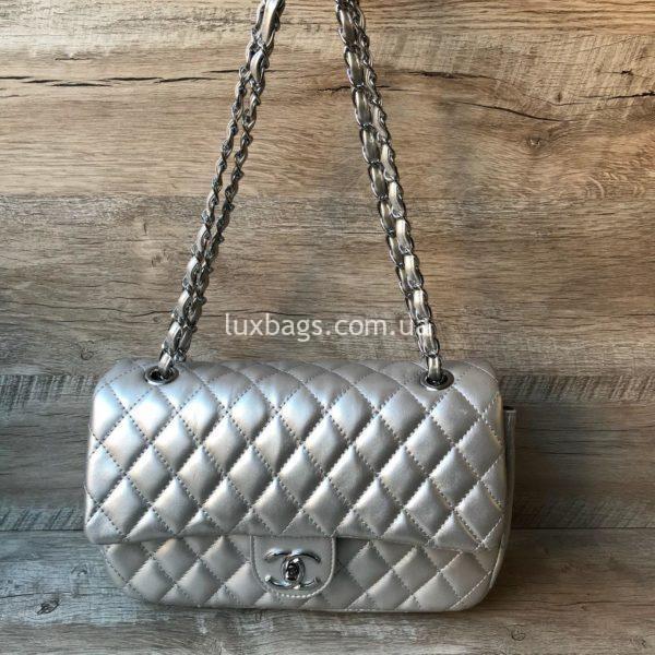 женская сумка шанель 2.55 серебро