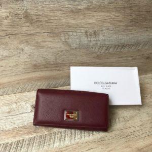 женский кошелек цвета марсала