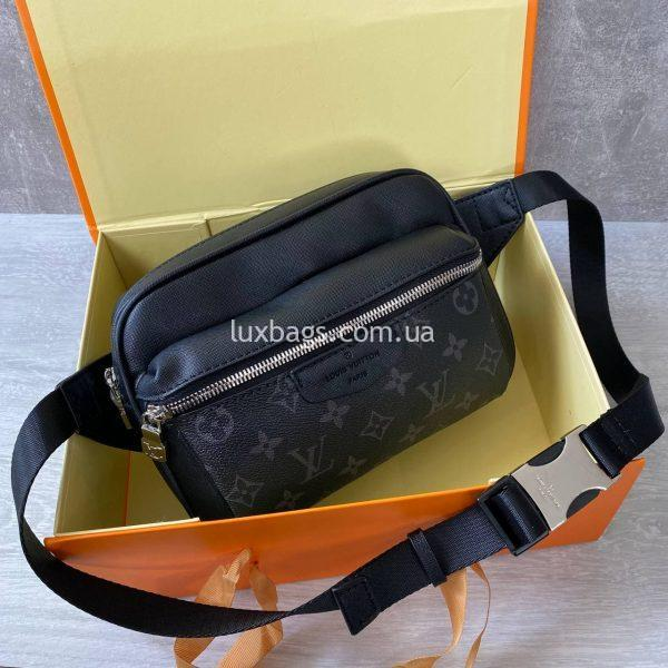 Поясная сумка (бананка) Louis Vuitton.