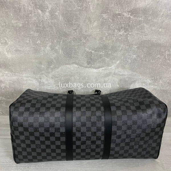 Дорожная сумка Louis Vuitton.